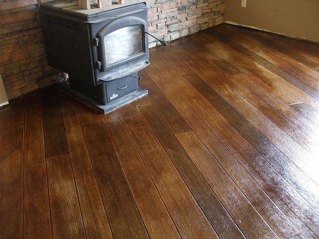 Nowa podłoga w piwnicy
