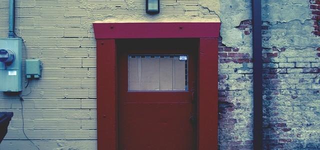Dobrze uszczelnione drzwi gwarancją utrzymania odpowiedniej temperatury w domu