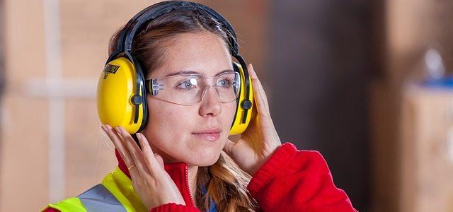 Podstawowe zasady BHP w zakładzie produkcyjnym