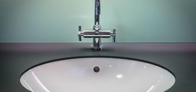 Urządzanie łazienki w eleganckim stylu