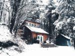 Konserwacja dachu i rynien przed zimą
