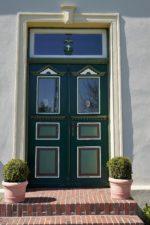 Drzwi zewnętrzne – popularne rodzaje i ich zalety