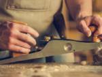 Jakie jest zastosowanie wyrówniarki do drewna?